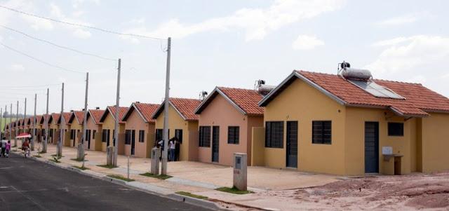 Após ameaças de paralisação, governo libera R$ 800 mi para Minha Casa Minha Vida