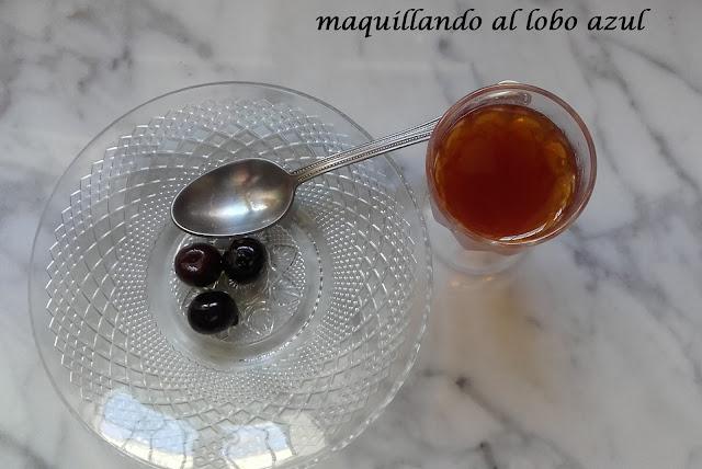 Azufaifas y licor de azufaifas