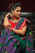 Shilpa Chakravarthy New sizzling photos-thumbnail-19
