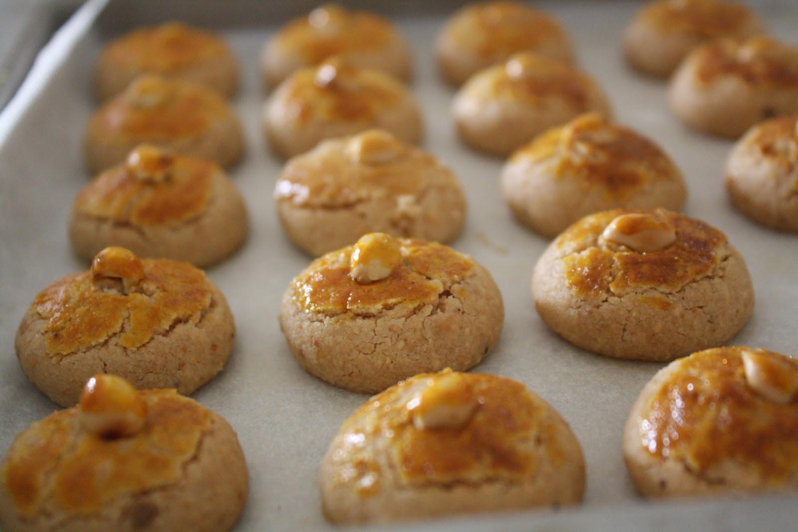Image result for biskut kacang