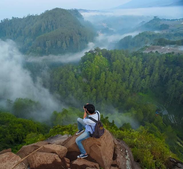 Percutian Melancong Tempat Menarik di Bandung Tebing Keraton Lembang