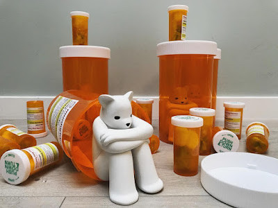 The Prisoner XL Vicodin Edition Resin Figure by Luke Chueh x Munky King