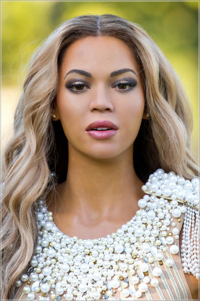photos beyonce s wax figure unveiled at madame tussauds