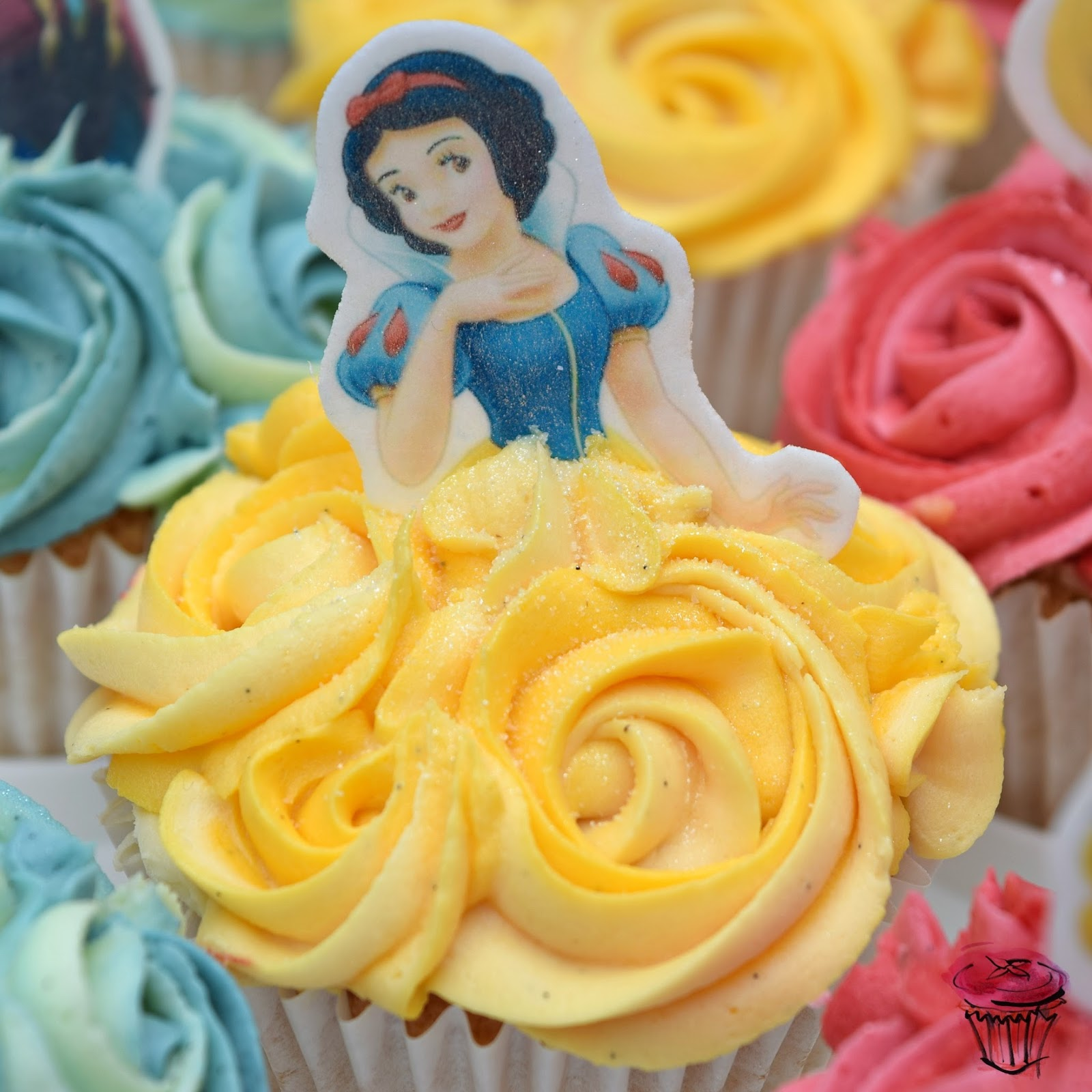 Snow White Disney Princess Cupcake