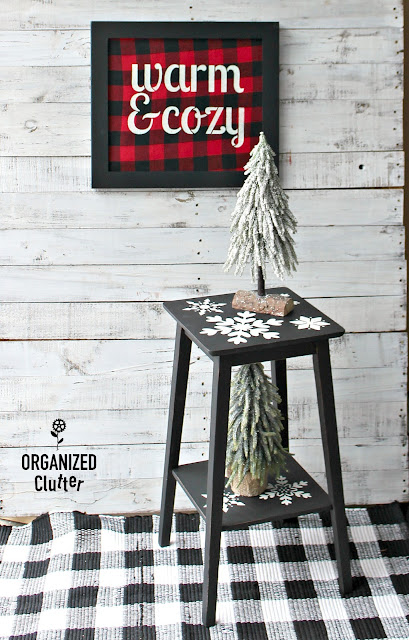 Thrift Shop Table Upcycled For Winter/Christmas #dixiebellepaint #snowflake #stencil #Christmasdecor #winterdecor