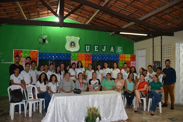 CERIMÔNIA DE POSSE DOS CANDIDATOS ELEITOS A DIRETORIA DOS GRÊMIOS ESTUDANTIS DAS ESCOLAS MUNICIPAIS DE FRONTEIRAS - PI E IMPLANTAÇÃO DO NÚCLEO DE CIDADANIA DOS ADOLESCENTES (NUCA) DO SELO UNICEF EDIÇÃO 2017-2020.
