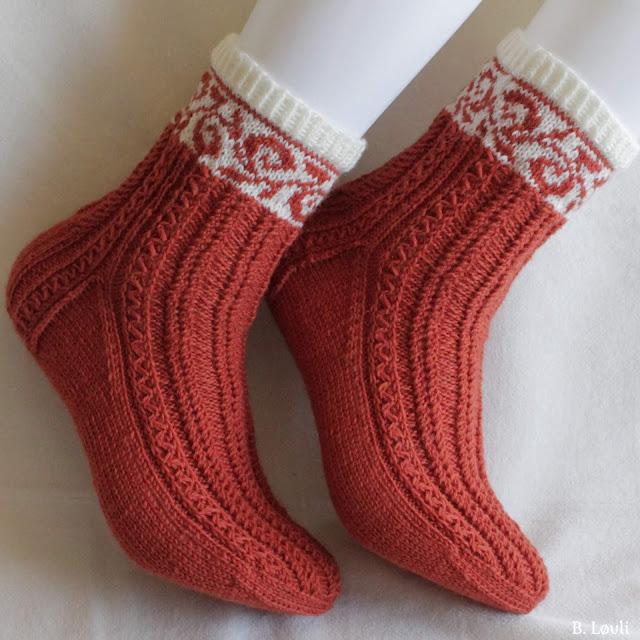 Høstglød - strikkeoppskrift på sokker