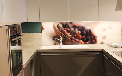 3D kitchen backsplash wall design with glass panel