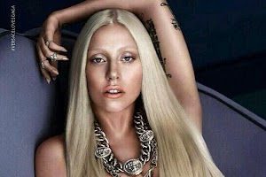 A new picture of Lady Gaga for Versace: singer bared