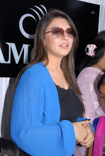 Hansika Motwani Picture Gallery at Amori Cellphone SuperStore Launch