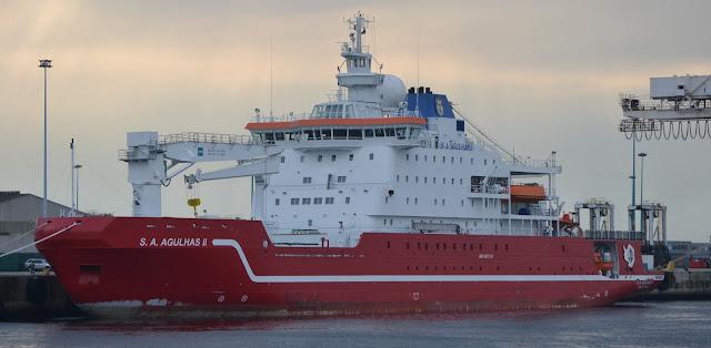 Resultado de imagen para compra de un buque polar sudafrica