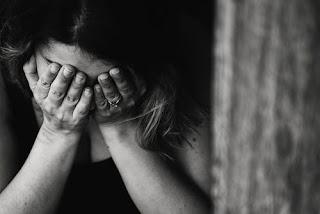 Mengapa Wanita Lebih Rentan Terkena Depresi?