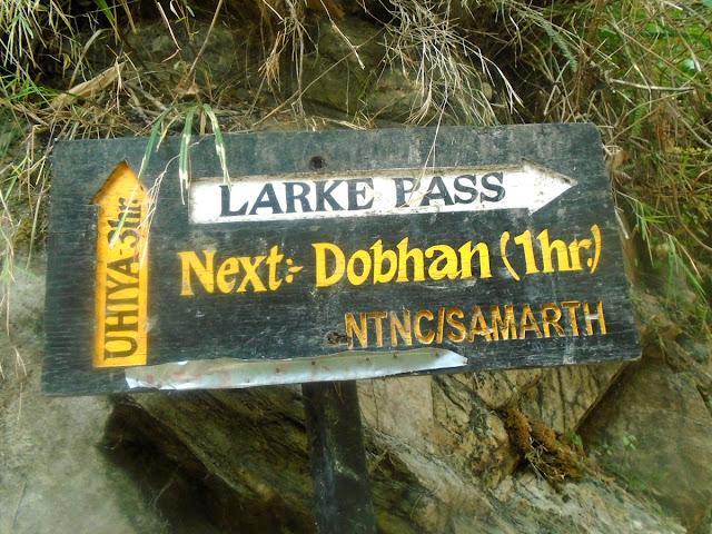 Larkya pass Manaslu trekking