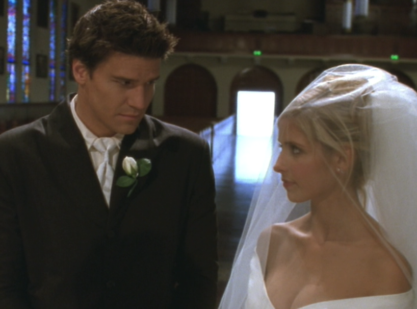 David Boreanaz Sarah Michelle Gellar Buffy The Vampire Slayer Prom Season Three And Angel Wedding