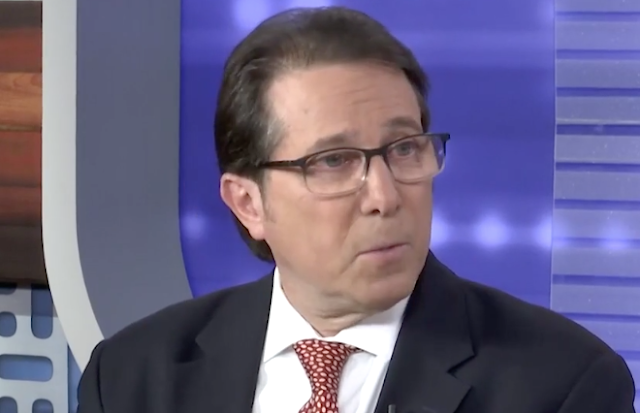 Political analyst: Trump's attorneys 'should be disbarred' if they allow him to talk to Mueller