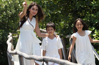 Video Klip Free On Saturday Di Bintangi Luna Maya 1