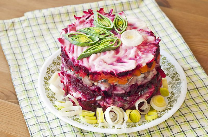 Salad ikan Herring (tochka.net)
