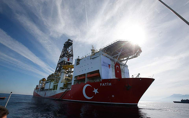 Προβλήματα με το πλήρωμά του αντιμετωπίζει το τουρκικό γεωτρύπανο