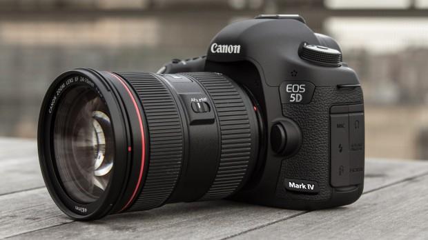 Возможный вид фотоаппарата Canon EOS 5D Mark IV