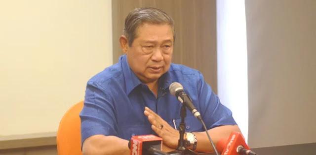 SBY: Tidak Bisa Seorang Tokoh Lantas Dengan Gagah Berani Memasang Foto Capres Atau Cawapres