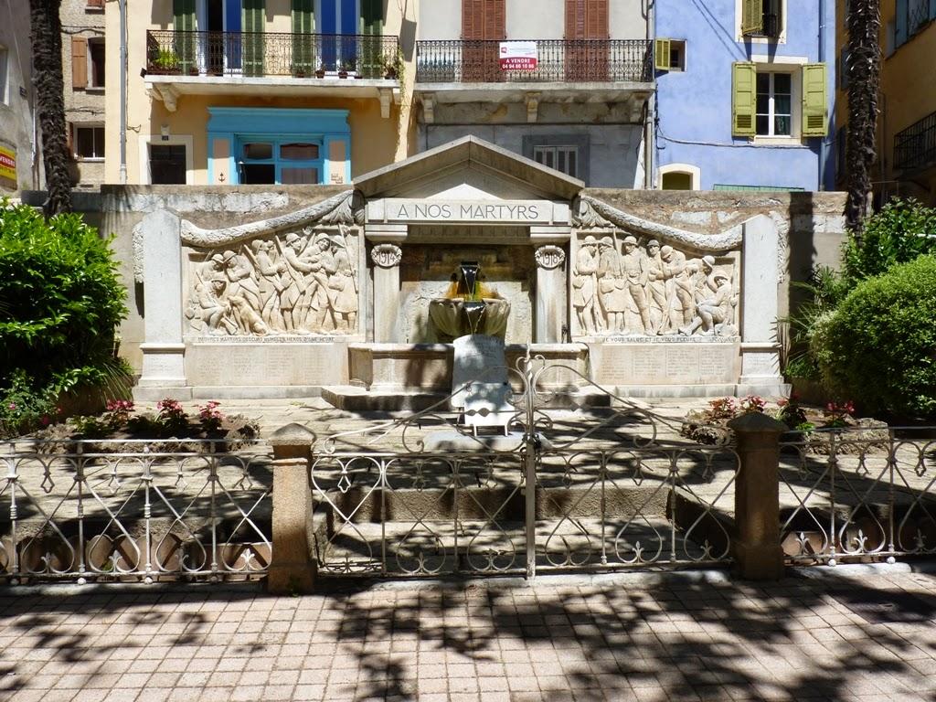 La fontaine de Martin trouvée par Martine Barjols+fontaine+du+monument+aux+morts+%25281%2529