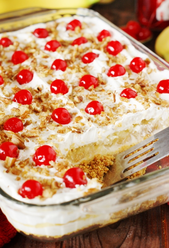 No Bake Banana Split Cake Dessert