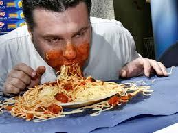 makan terlalu lahap