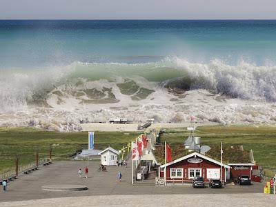 Tanda Tanda Umum yang Muncul Sebelum Terjadinya Tsunami