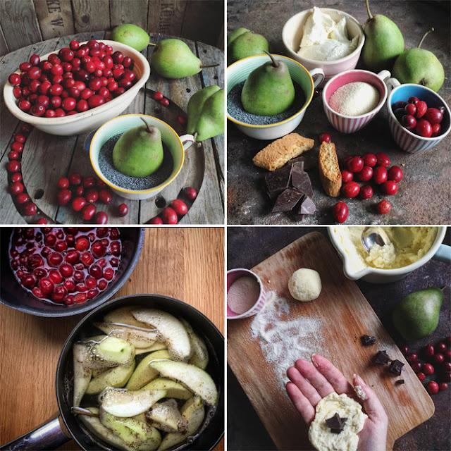 Zubereitung Topfen-Grießknödel mit Mohnbutter und Birnen-Cranberry-Kompott