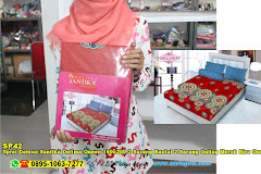 Sprei Deluxe Santika Delima Queen 160×200 2 Sarung Bantal 2 Sarung Guling Merah Biru Ornamen Batik Dewasa Micro Tex
