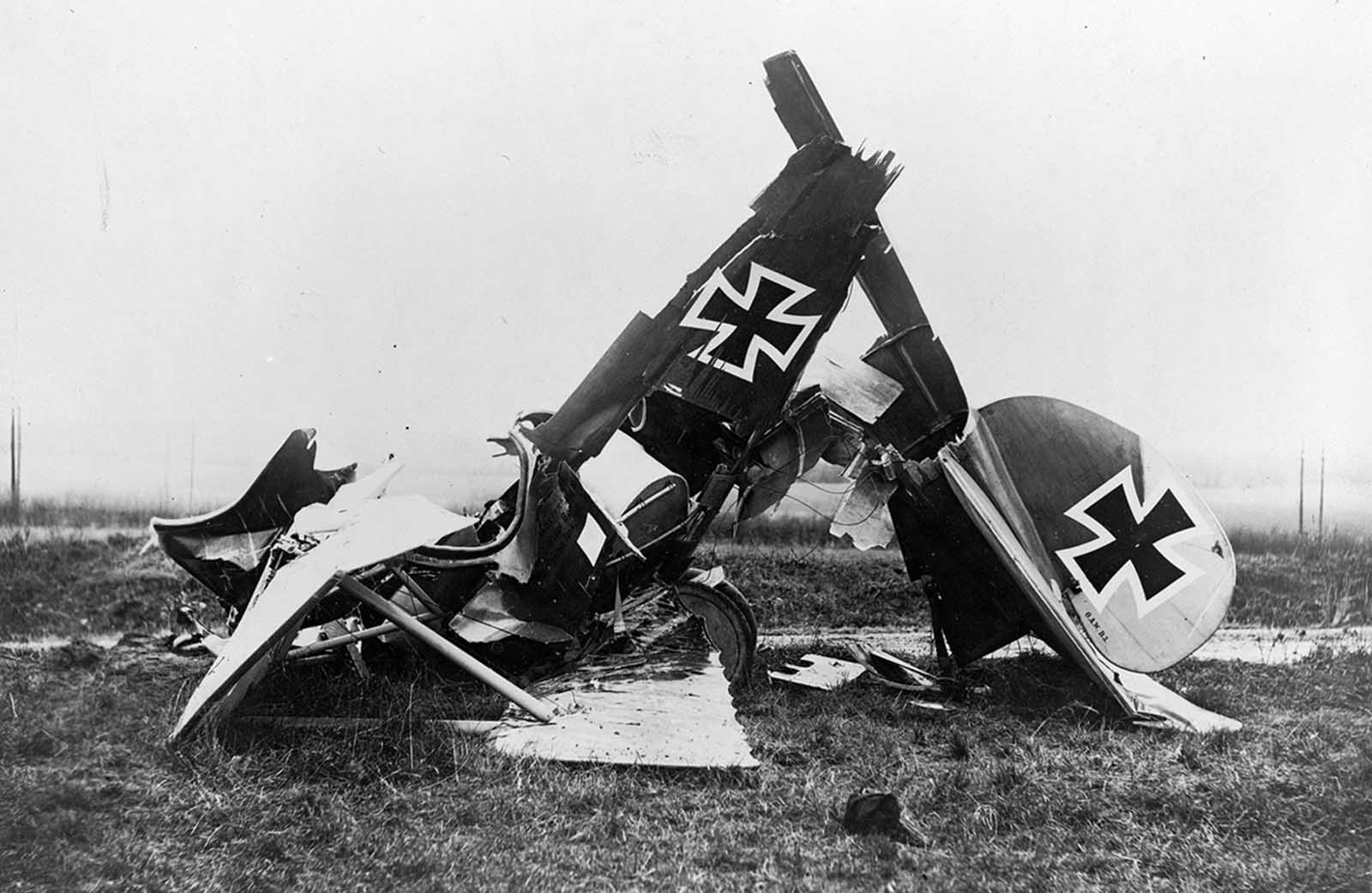 Wreckage of a German Albatross D. III fighter biplane.