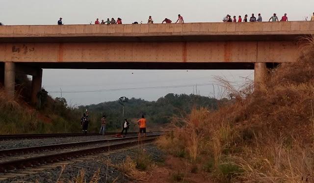 Homem cai de cima de ponte ao fazer selfie e morre