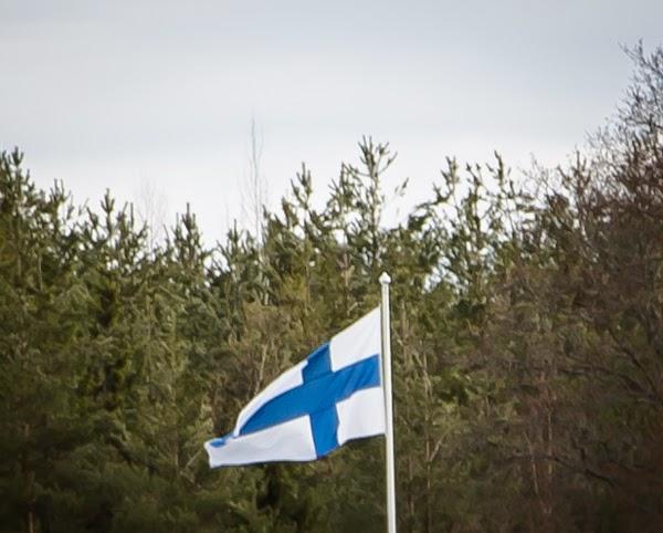 PauMau blogi siniristilippu finland suomi flag