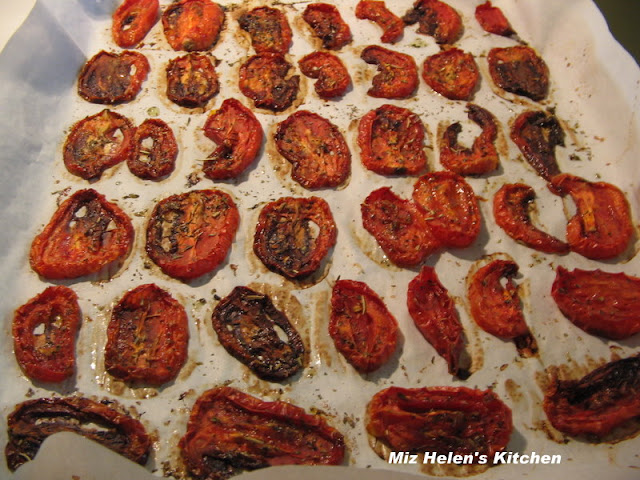Oven Dried Tomatoes at Miz Helen's Country Cottage