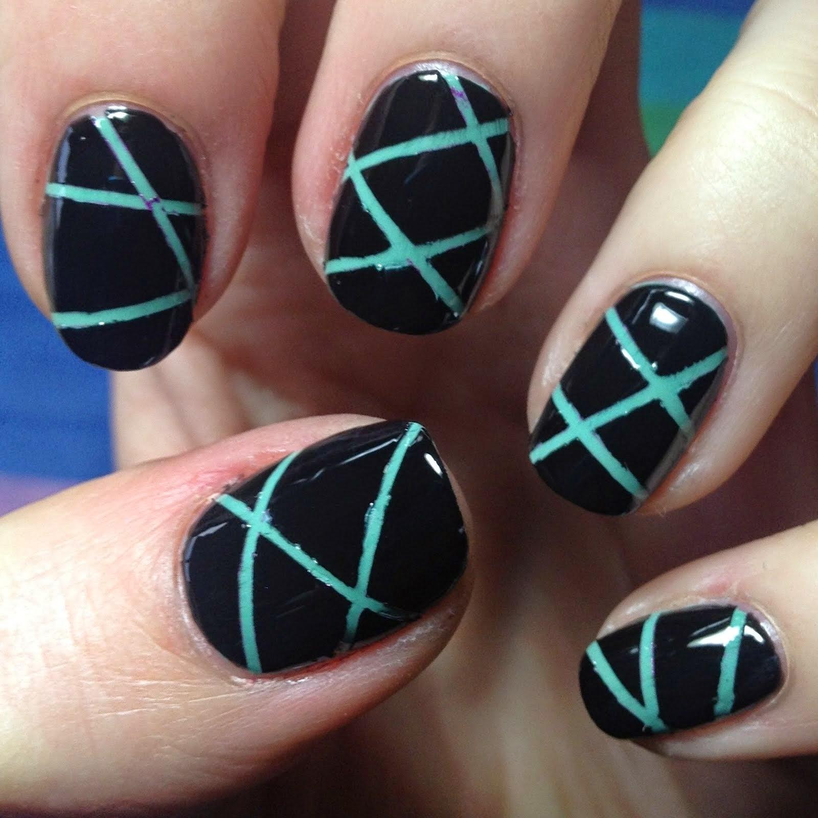 Nail Arts: Types Of Nail Art And Design,Nail Stripes,Nail