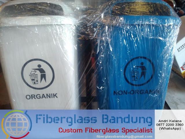 tong sampah fiber dua pilah 2in1