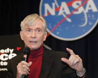 Spotlight : John Young, Who Set Records In Space With Nasa,Died