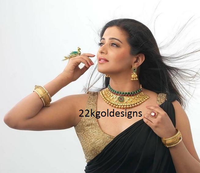 Actress Priyamani in Antique Choker set