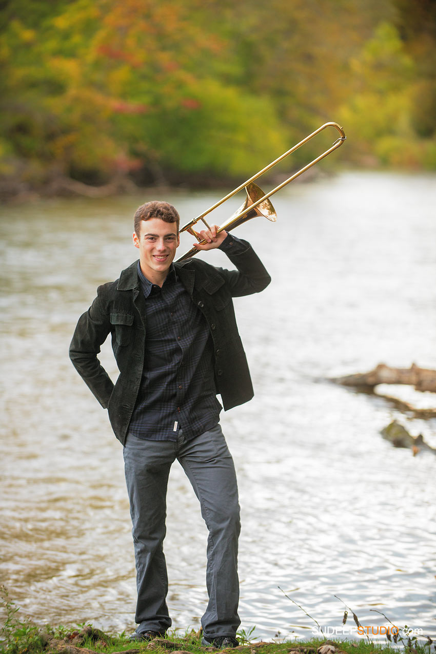 Senior Picture Guy with music instrument Skyline - SudeepStudio.com Ann Arbor Senior Pictures Photographer