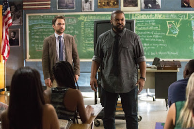 Ice Cube and Charlie Day in Fist Fight (18)