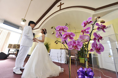 Honolulu Church Wedding