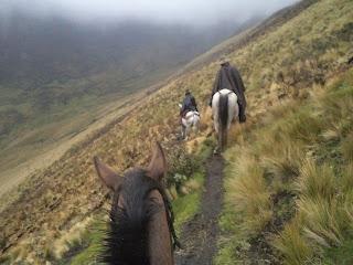 Ecuador, vuoristo, ratsastusmatka, riitta reissaa