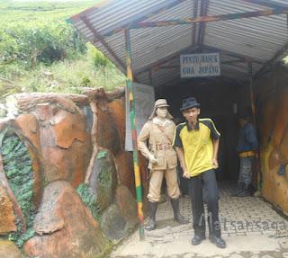 Pintu masuk Goa Jepang Kebun Teh Kaligua Brebes