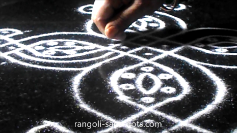 Navratri-rangoli-decoration-159ad.jpg