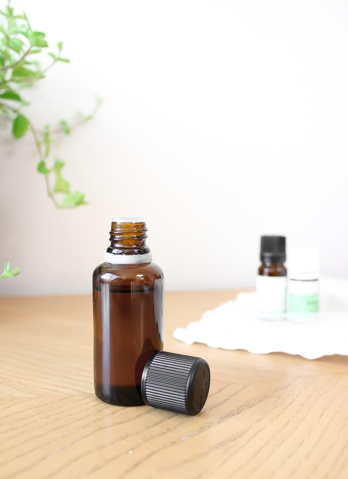 remède naturel règles douloureuses huile de massage aux huiles essentielles fait maison