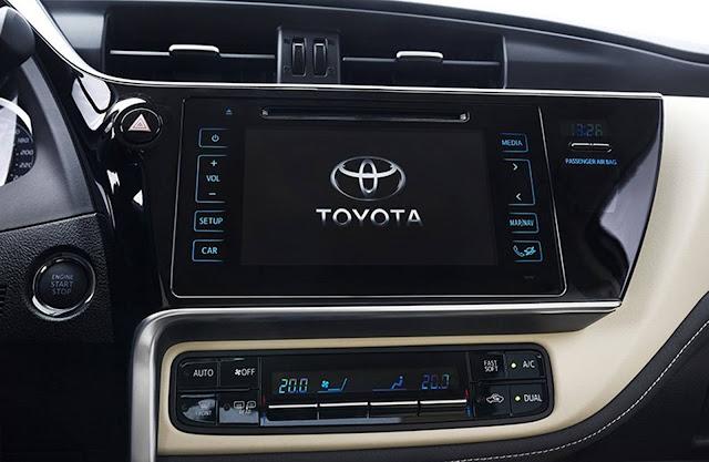 novo Toyota Corolla 2017 - interior