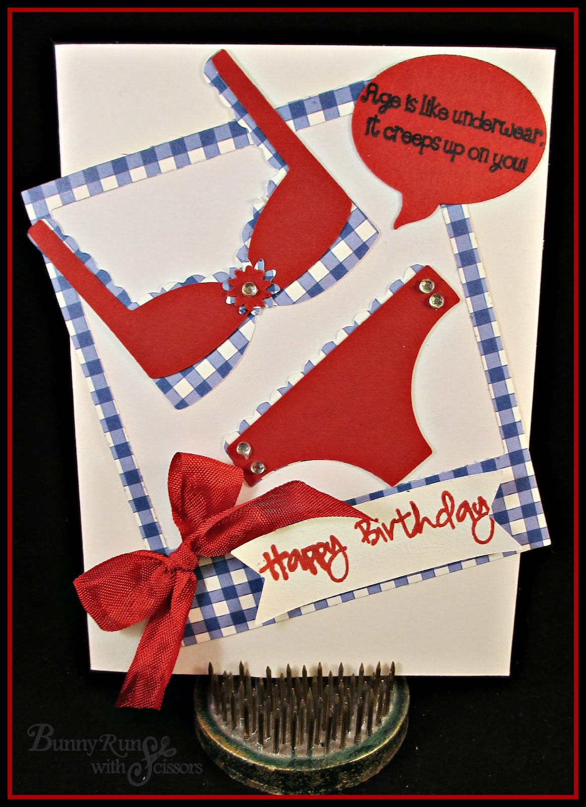 This was such a fun card to do! I have done it in different variations using  the lingerie but NOW we have AJVD BRAND NEW  die velop Foto Frames ... 4a5ab3888