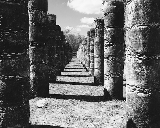 temple of a thousand warriors chichen itza