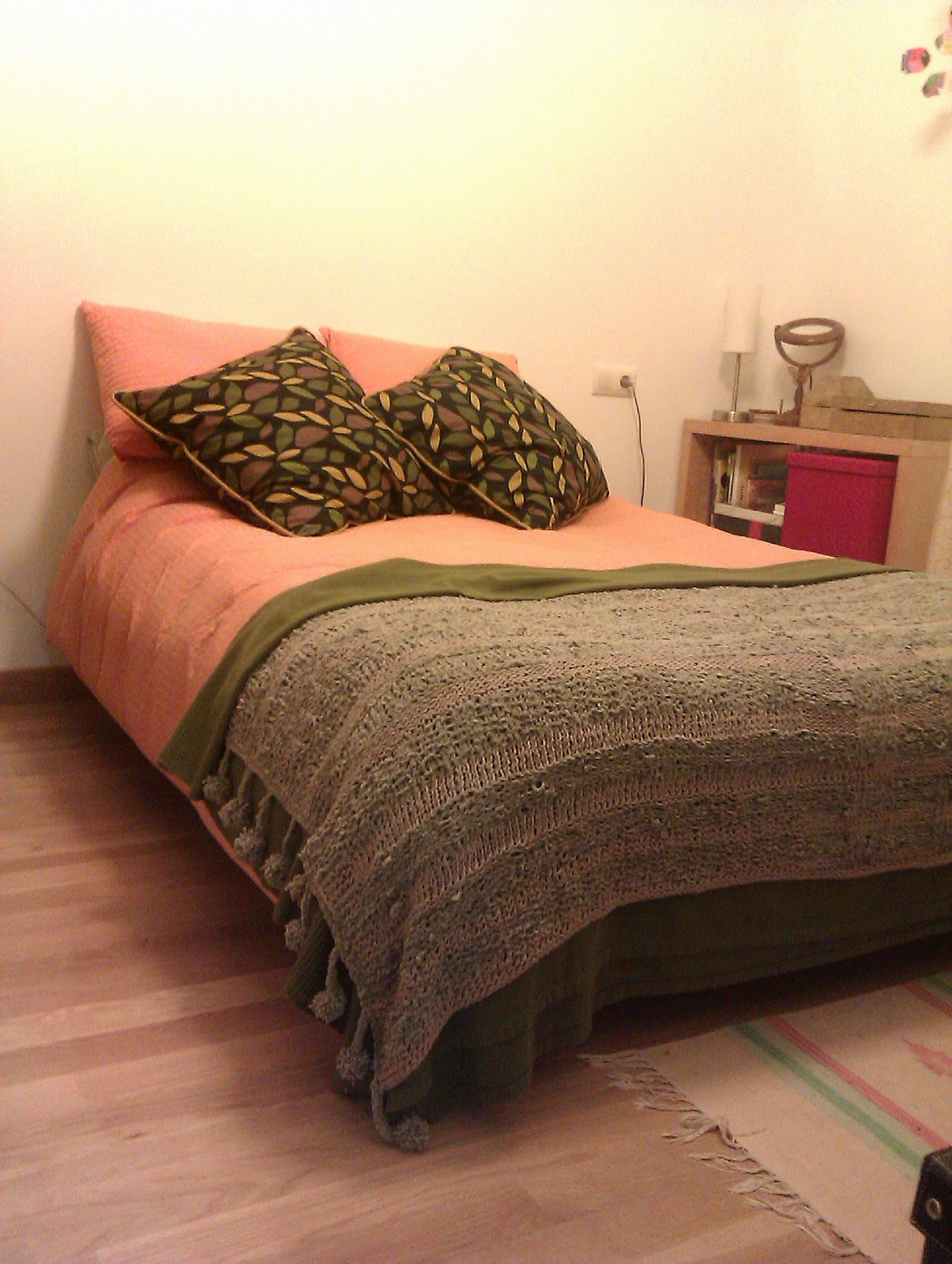 Bea y punto pie de cama mas cojin a juego - Pie de cama ...