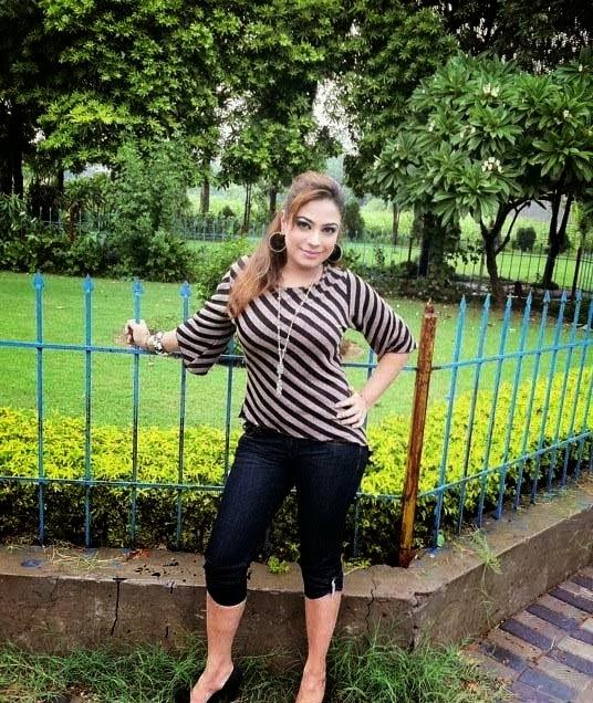 Hot Mujra: Kiran Noor & Babrak Shah Hot HD Mujra Dance